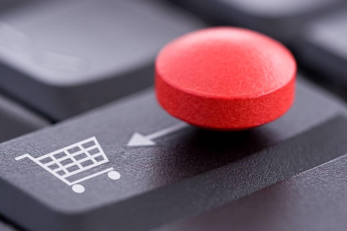 El tipo de contrato determinará qué ocurre si no se cumple con la compra de pedido mínimo establecido previamente.