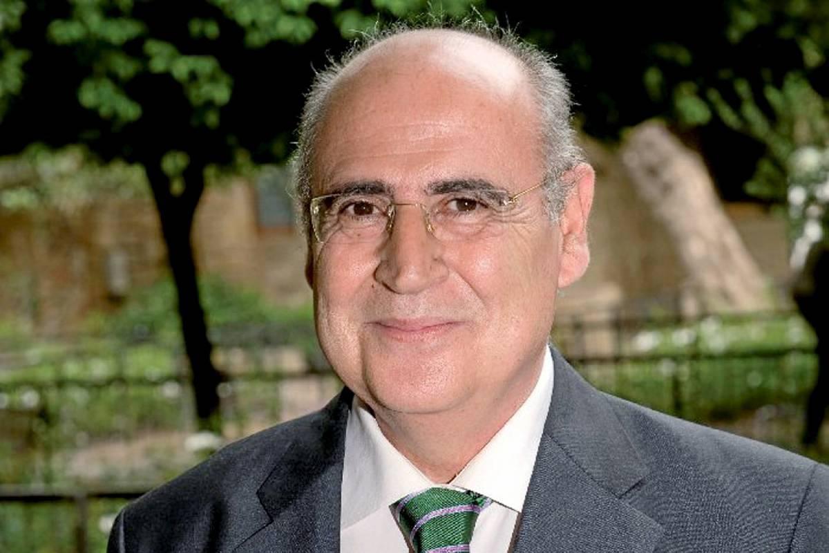 Enrique Granda, editor del Observatorio del Medicamento de FEFE