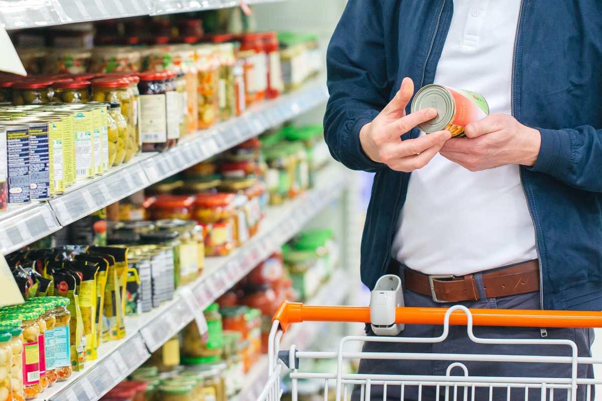El etiquetado 'Nutri-Score' se asemeja aun semáforo e indica al consumidor lo saludable que es un producto.