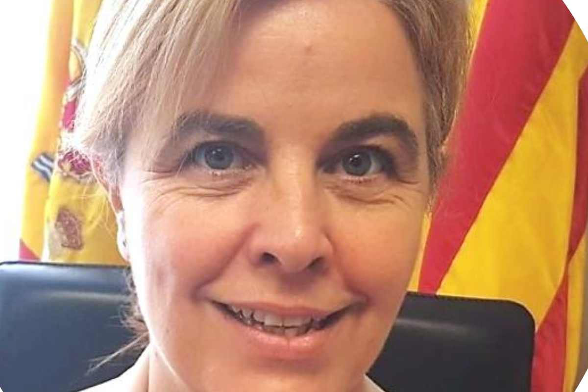 Carmen Aramburu.
