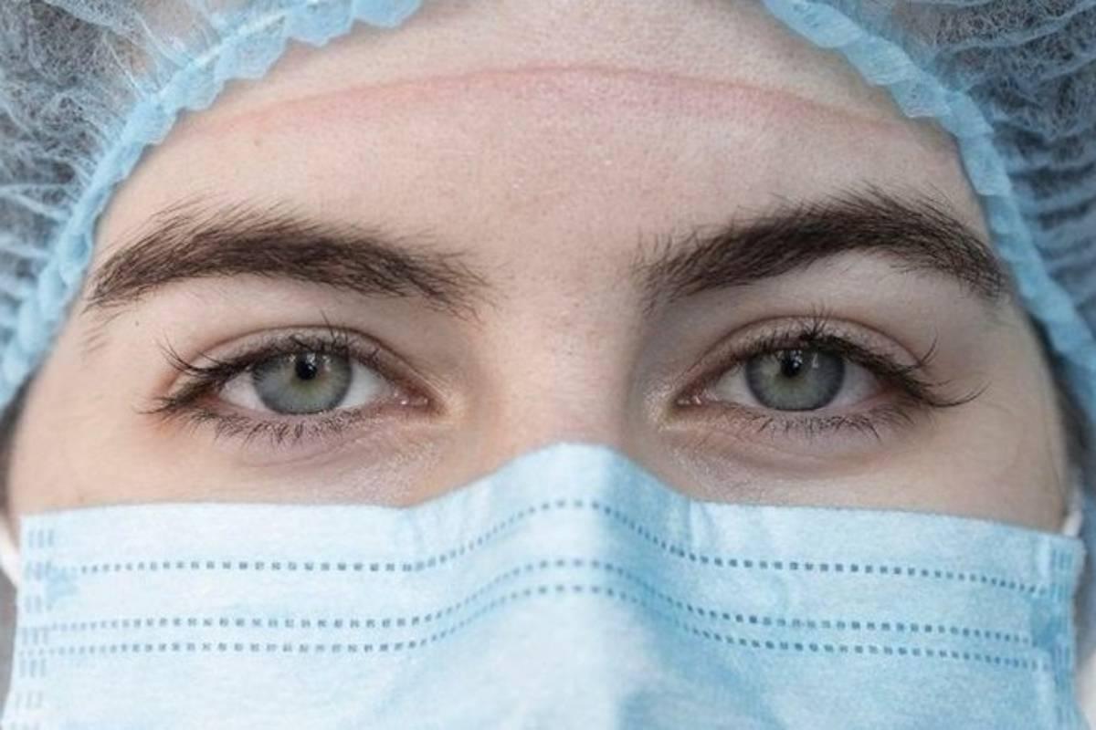 La enfermería de Madrid ha decidido poner fin a su precariedad laboral con la puesta en marcha del movimiento asindical Enfermería de Madrid Unida (EMU). FOTO: Ana Maisonave.