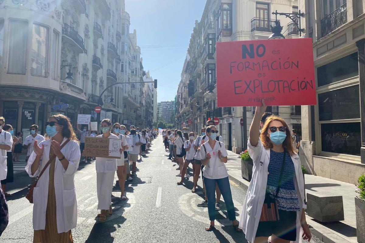 Aspecto de una de las manifestaciones convocadas el pasado julio por los residentes de la Comunidad Valenciana.