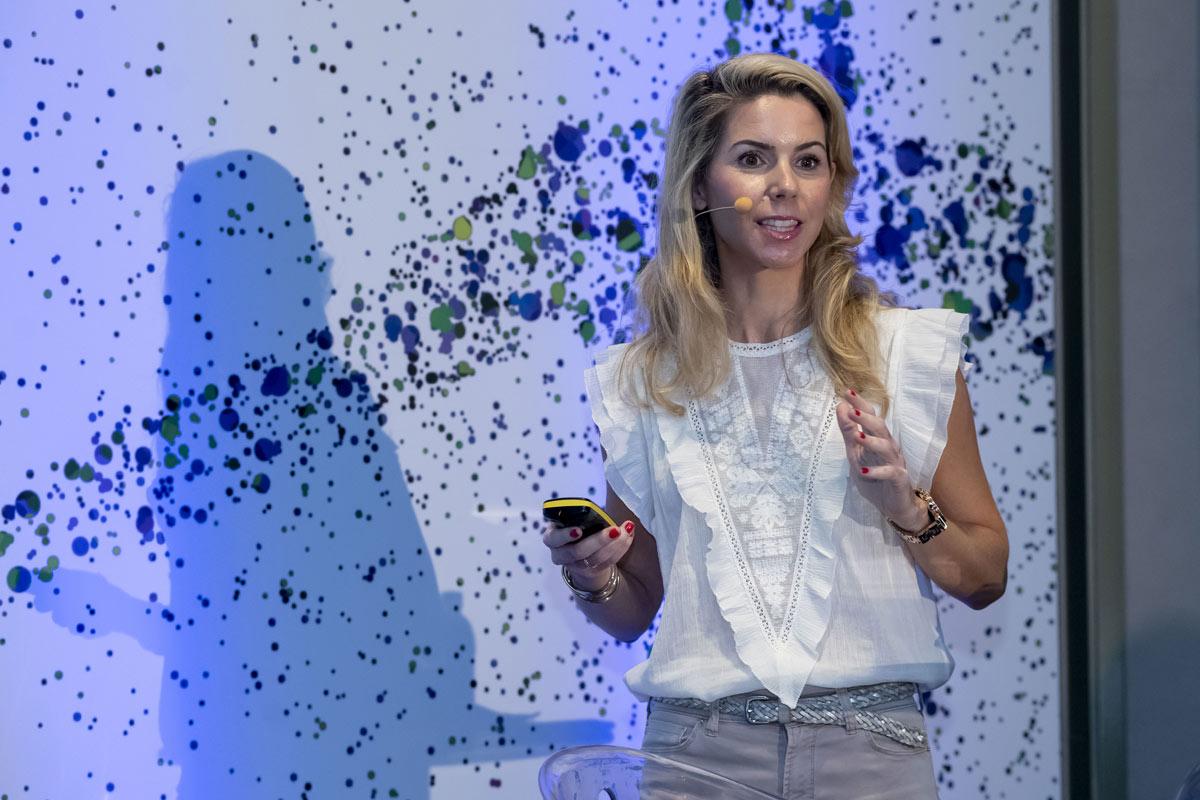 Virginia Barrau, farmacéutica comunitaria en Zaragoza y vocal de Dermofarmacia del Cof de Zaragoza.