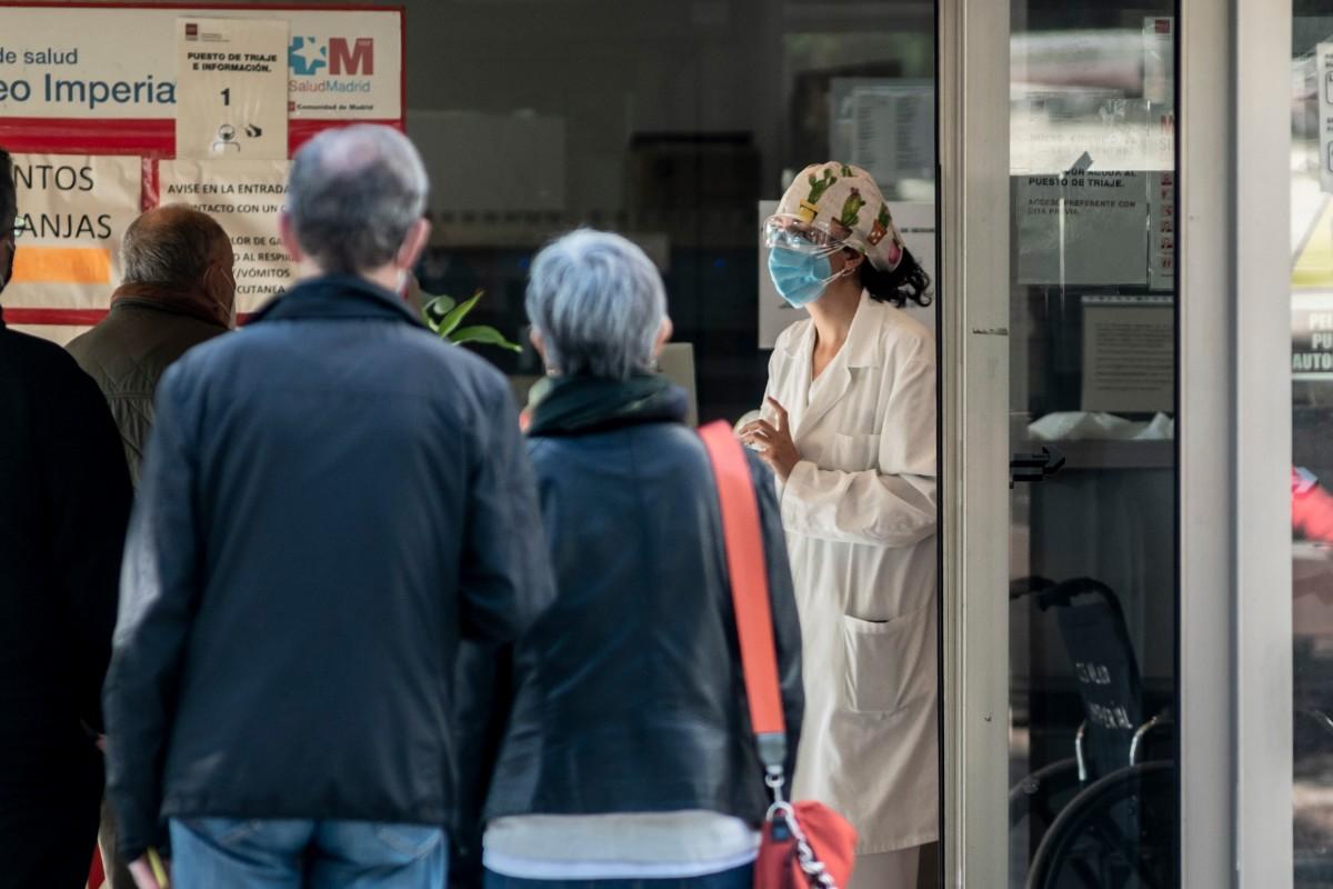 Pacientes en un centro de salud