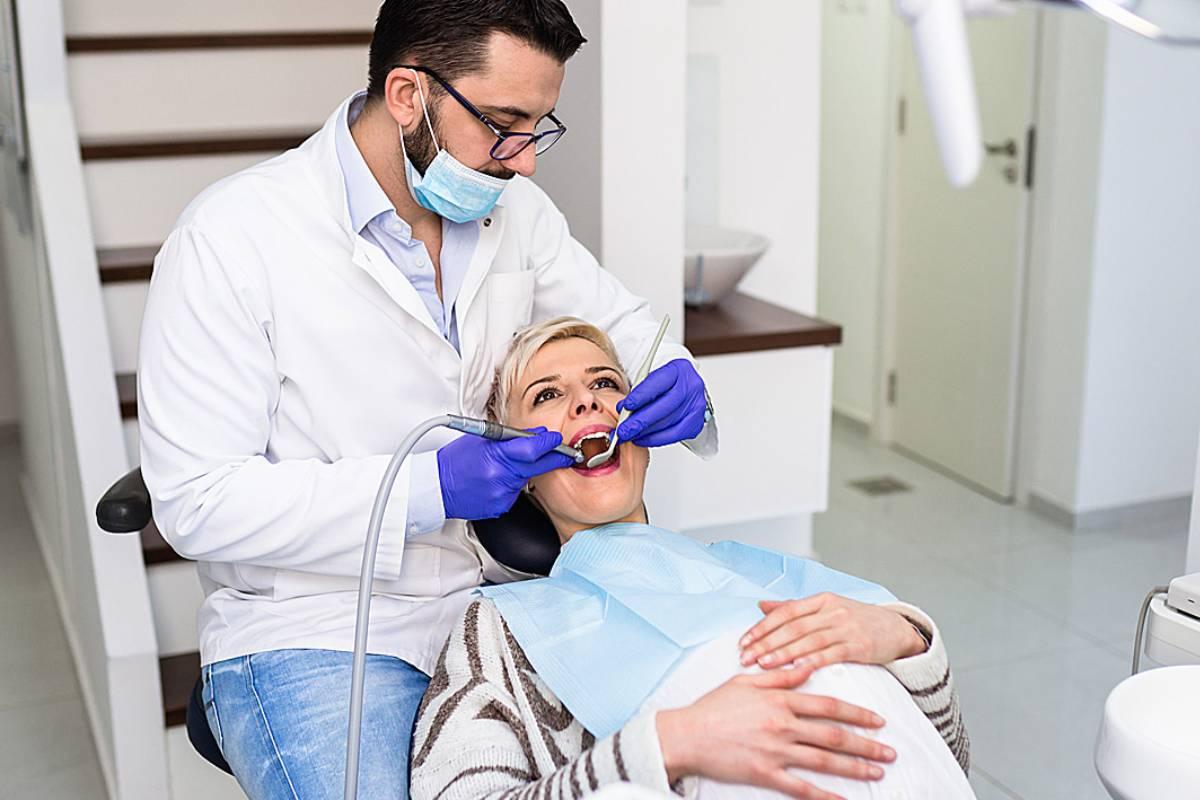 """Desde la SEPA señalan que los contagios en clínicas dentales son """"prácticamente imposibles""""."""