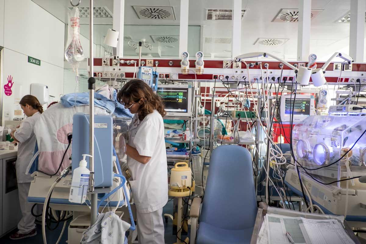 La Comisión Interterritorial de Decanas de Enfermería rechaza la decisión de retrasar el inicio de las prácticas presenciales en los centros sanitarios de la Comunidad de Madrid.