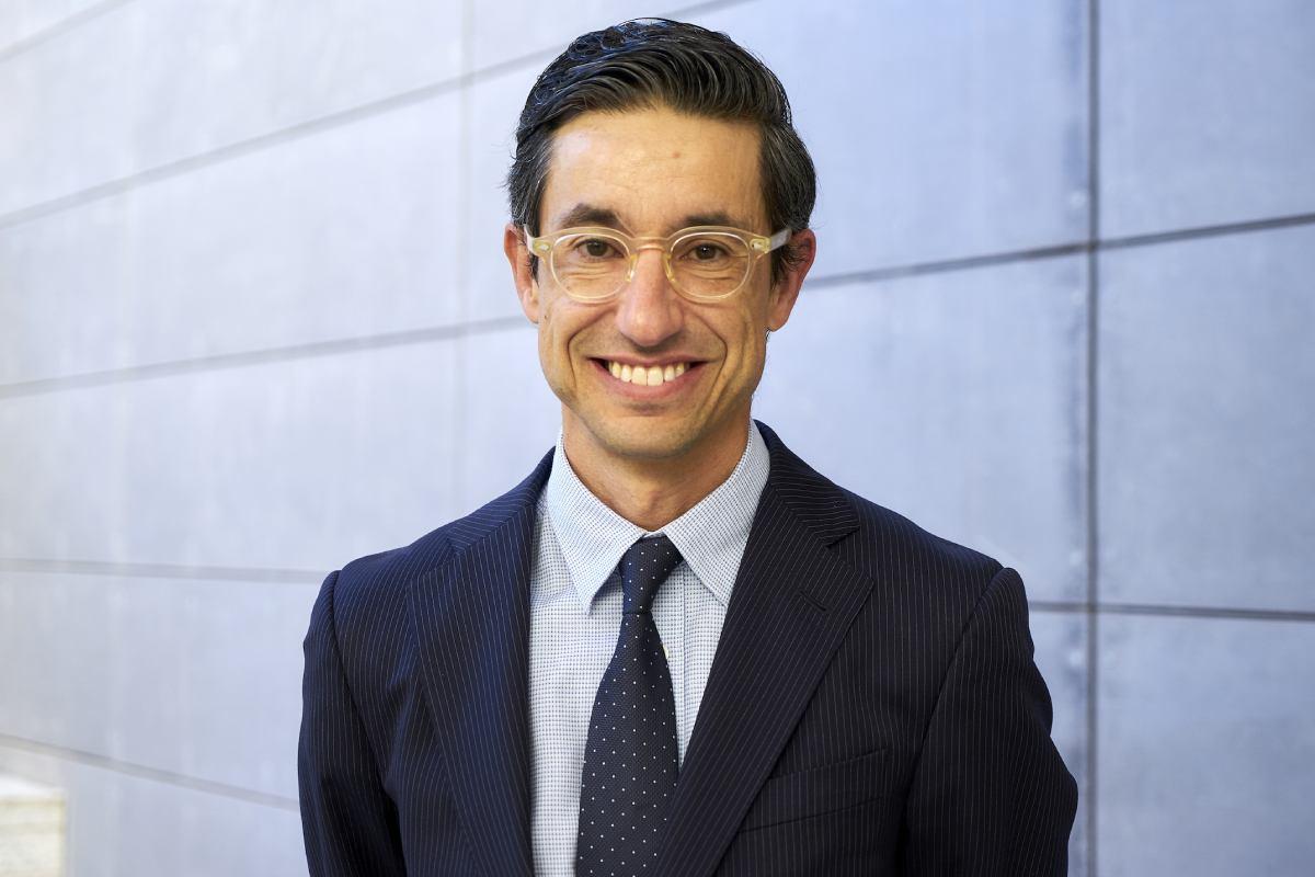 Jaime Acosta, farmacéutico comunitario e integrante de la Federación Farmacéutica Internacional (FIP).