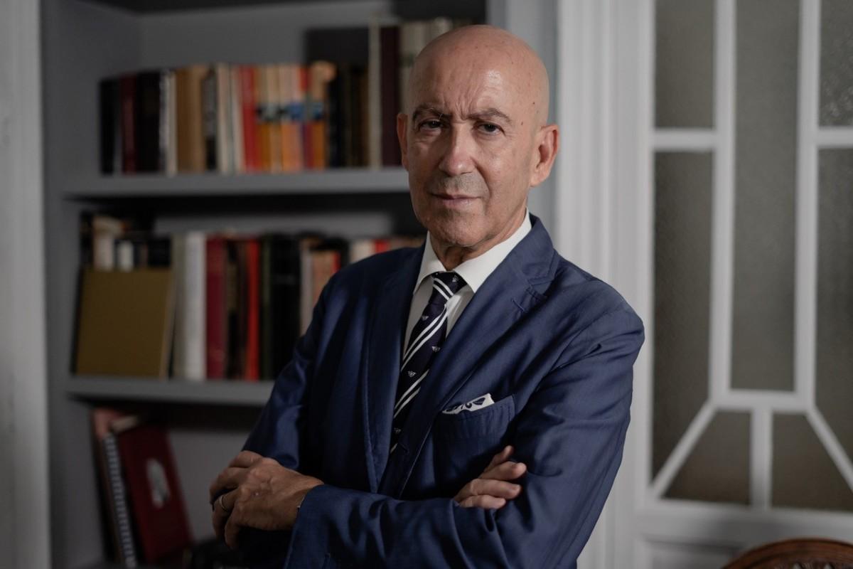 Juan Evangelista Ruiz de Burgos Moreno, candidato a presidir el Colegio de Médicos de Madrid (Icomem)