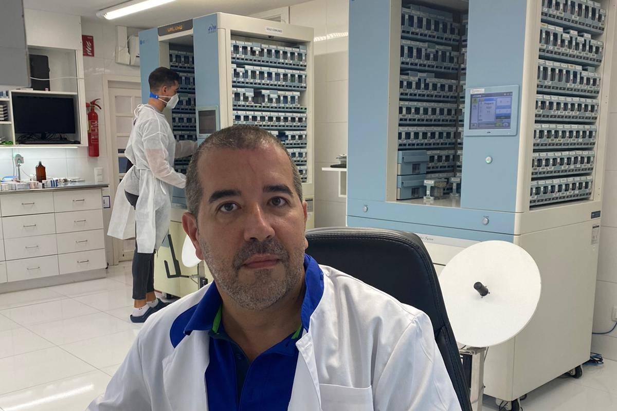Santiago Álvarez, ingeniero industrial especializado en Biomedicina y uno de los creadores del proyecto 5Cs Farma.