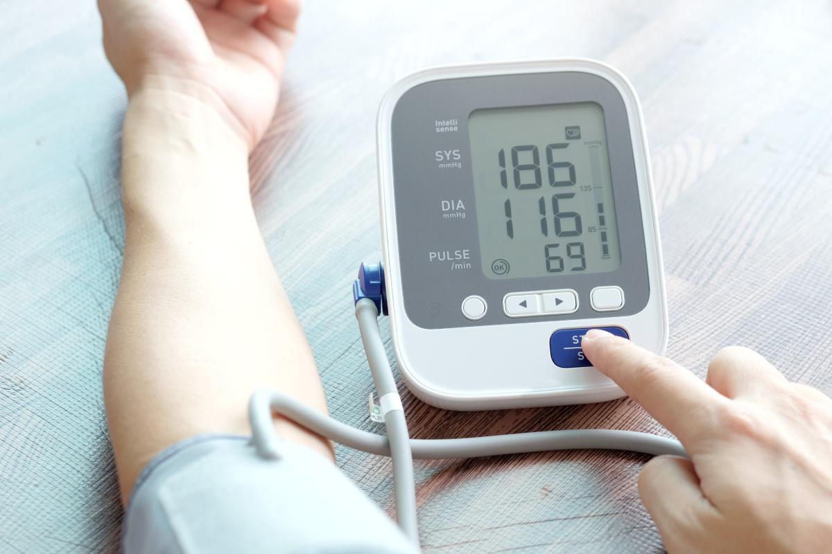 """El Consejo General de COF afirma que el farmacéutico """"ocupa una posición privilegiada para transmitir a los ciudadanos información rigurosa sobre el riesgo cardiovascular""""."""