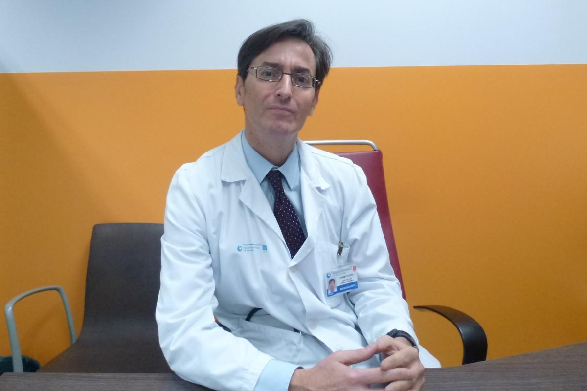 Carlos Lumbreras, jefe del Servicio de Medicina Interna del Hospital Universitario 12 de Octubre, de Madrid