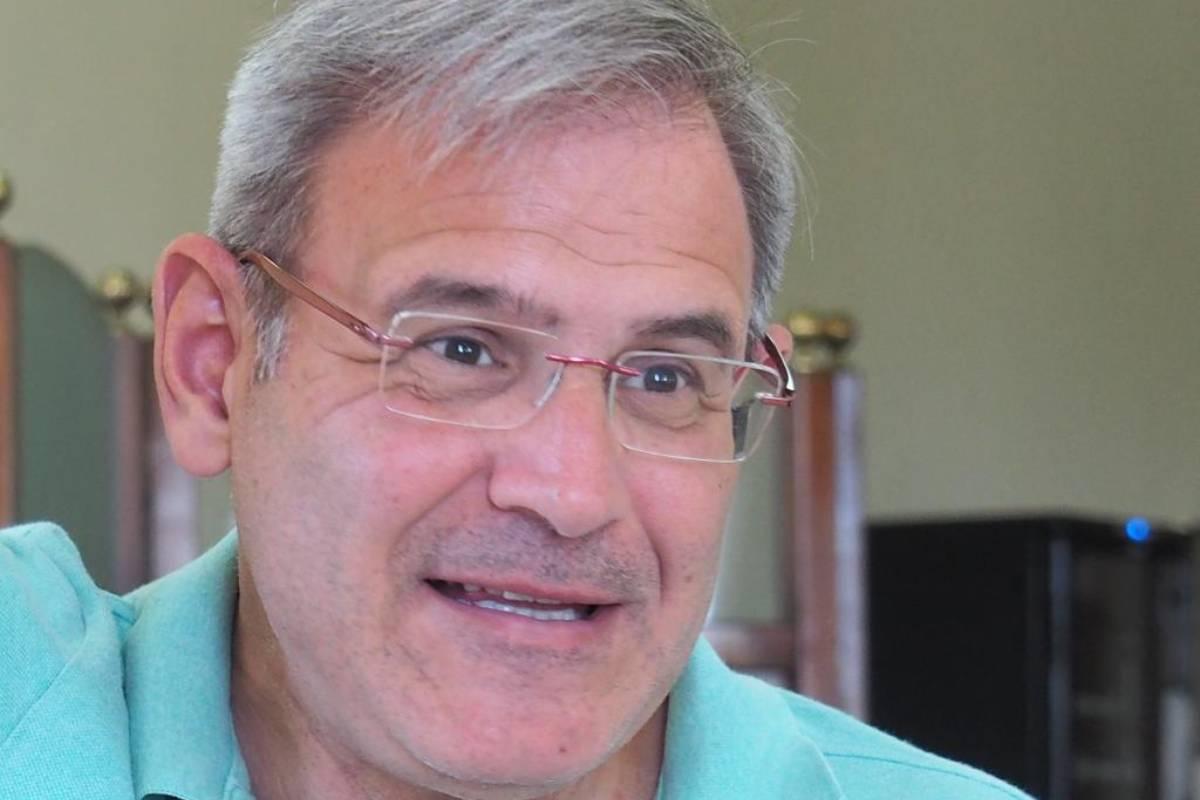Emilio Sanz, catedrático de Farmacología y director del Máster de Bioética en la Universidad de La Laguna.