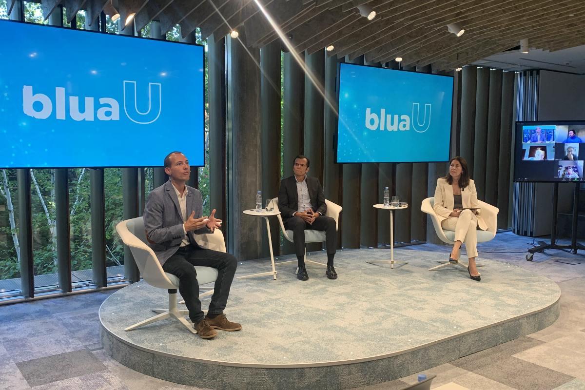 César Morcillo, Iñaki Peralta y Yolanda Erburu, directora de Comunicación, RSC y Fundación Sanitas.