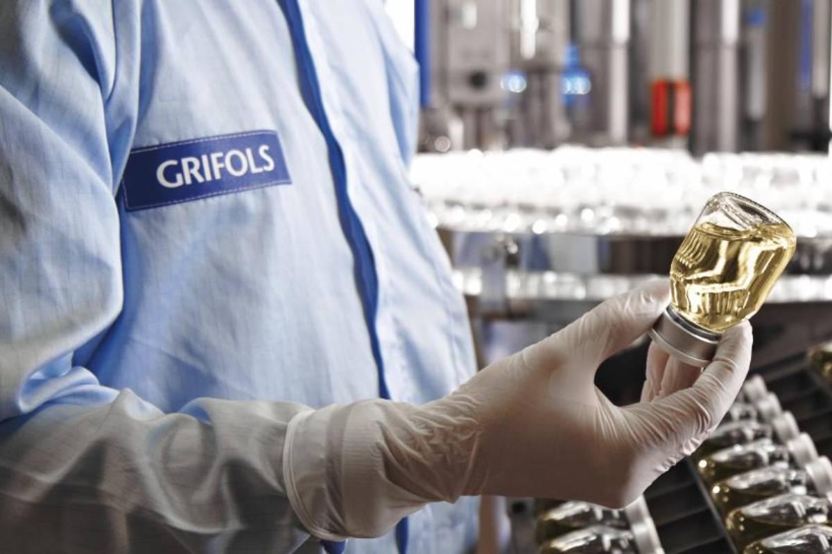 Producción de albúmina en los laboratorios de Grifols.