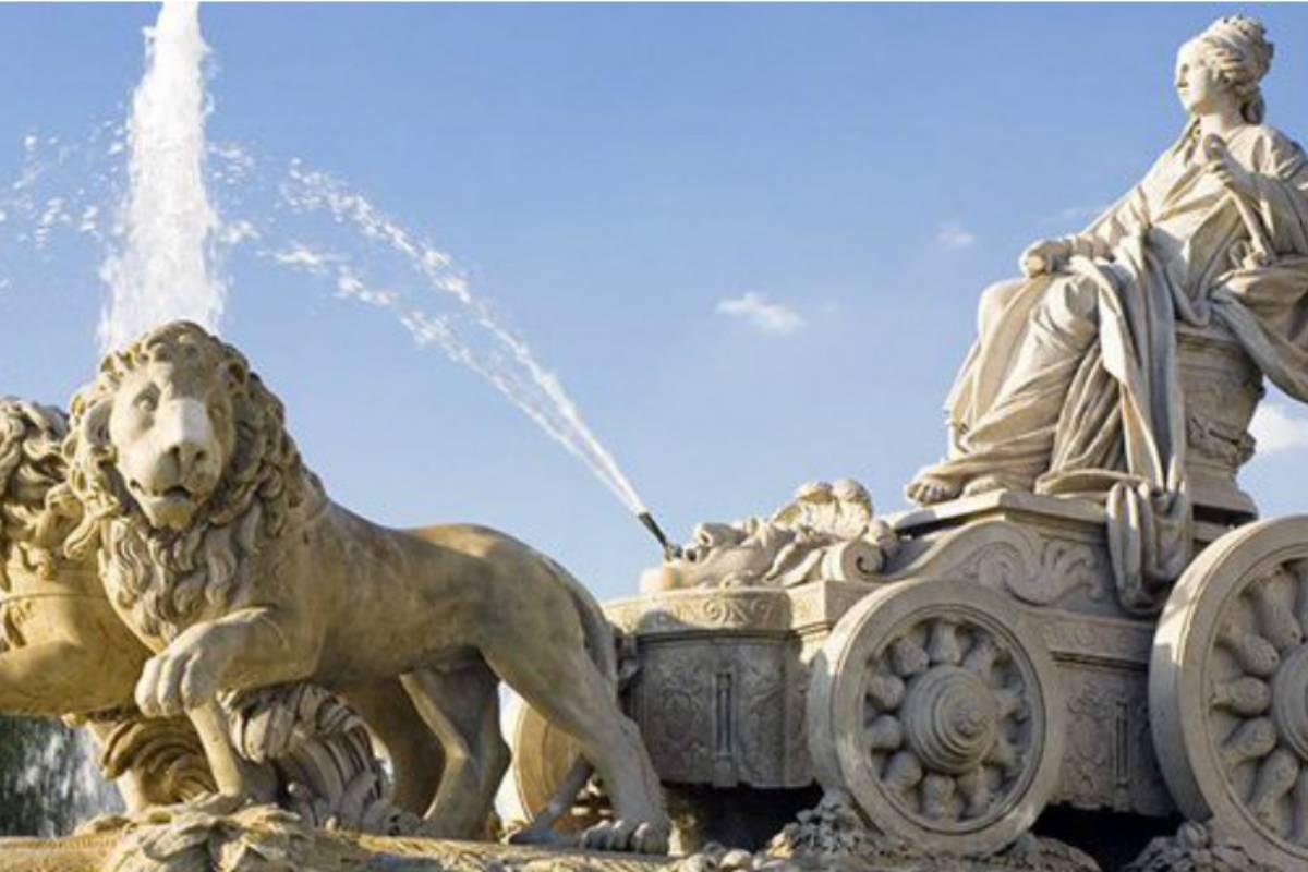La fuente de Cibeles en Madrid, ciudad que permanece en estado de alarma desde el viernes.