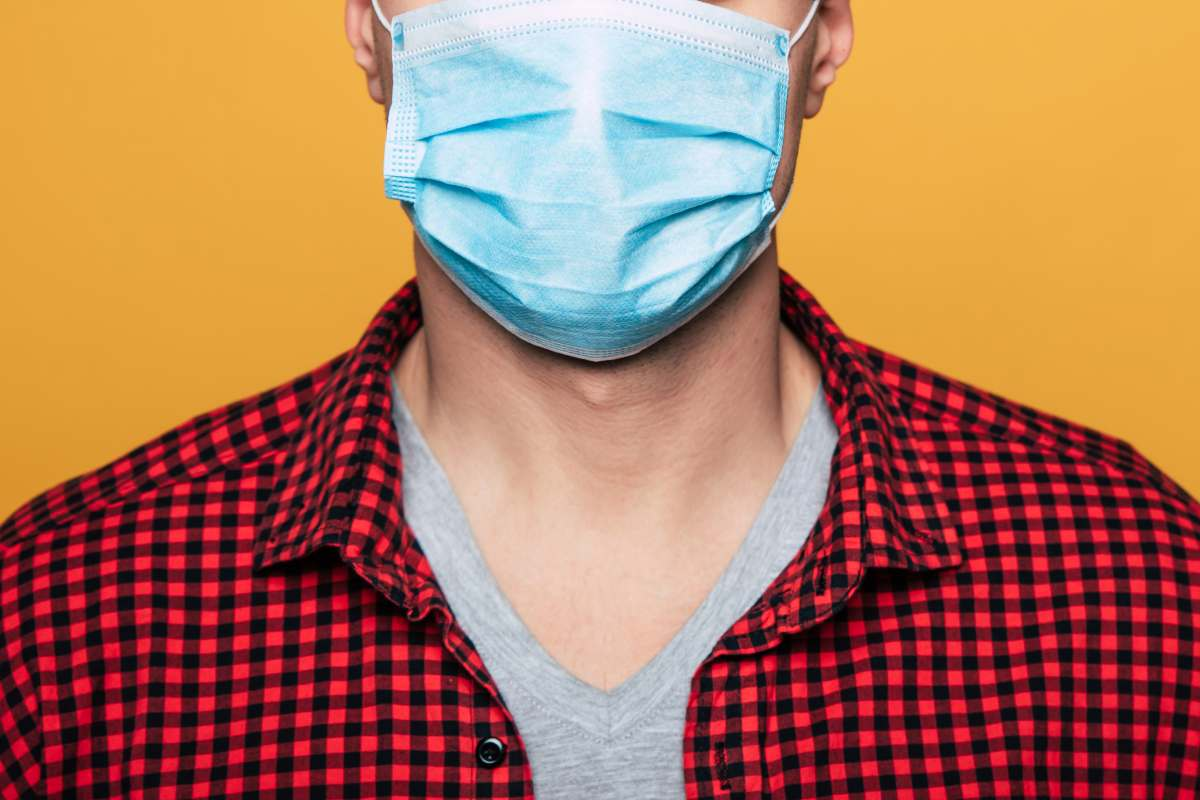 """La SEDO señala que """"no existen evidencias de que el uso de mascarilla afecte a la salud oral""""."""