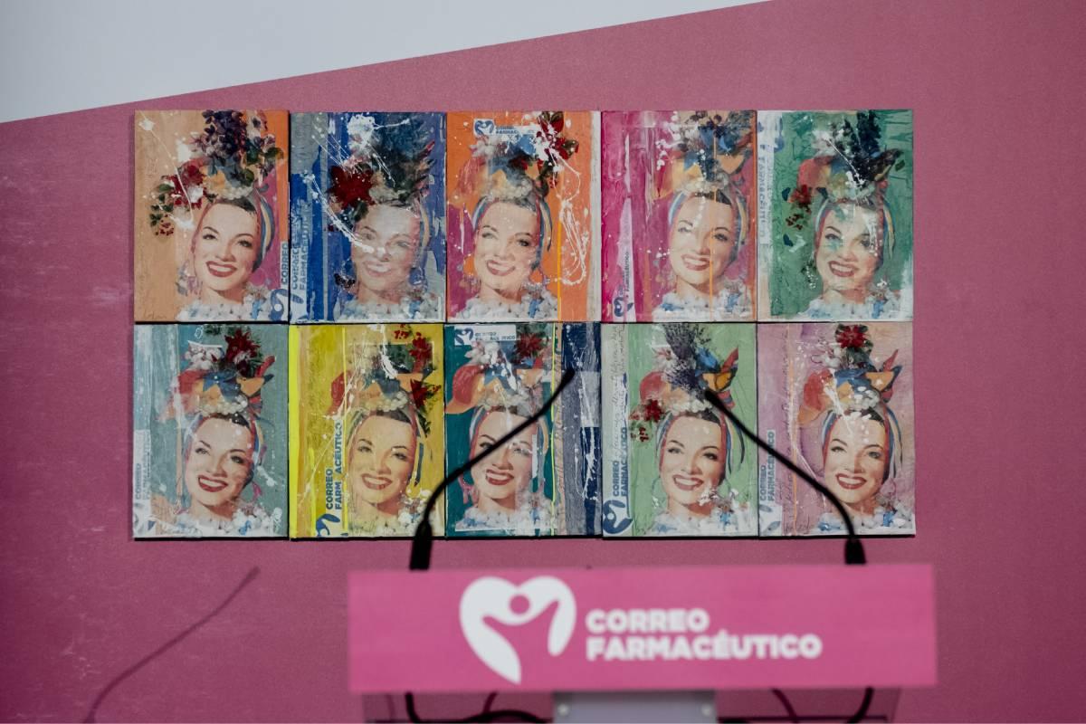 Los cuadros que se entregan a cada uno de los ganadores de los Premios Cosmética y Farmacia, de CF. Son obra de Teresa Calderón.