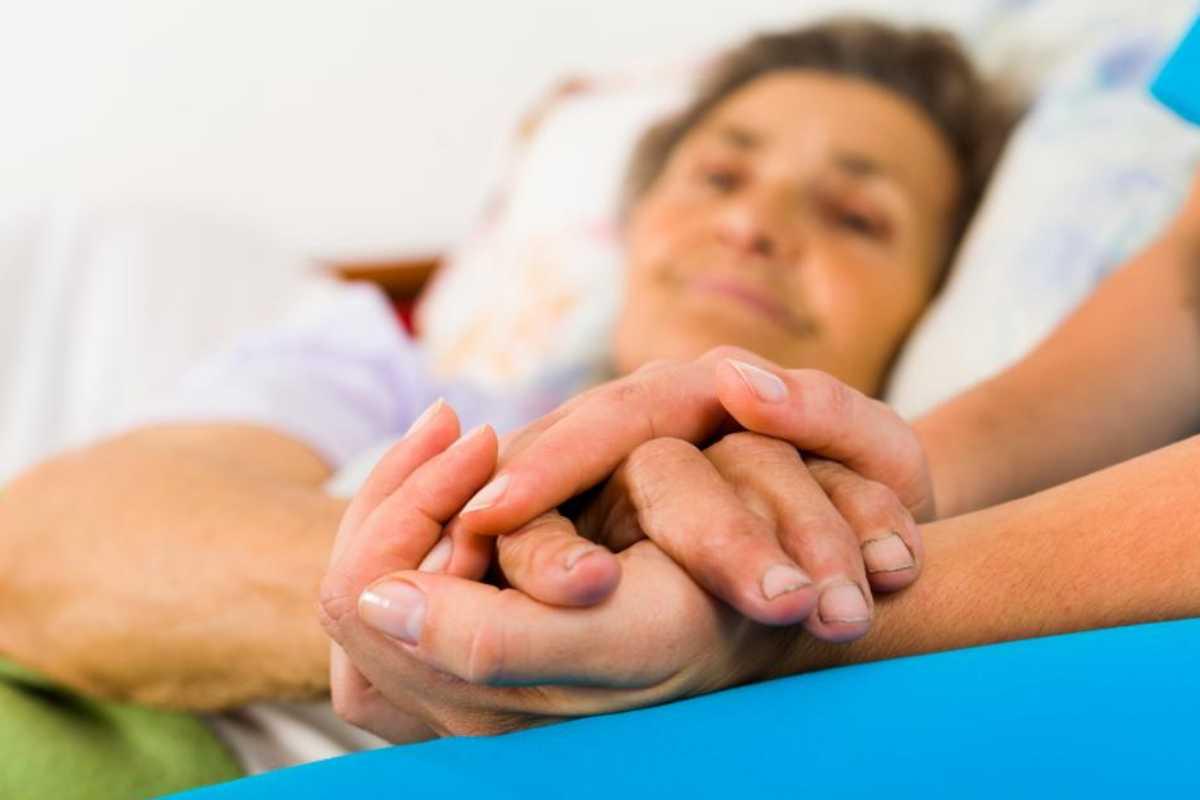 Persona mayor con enfermedad de Alzheimer.