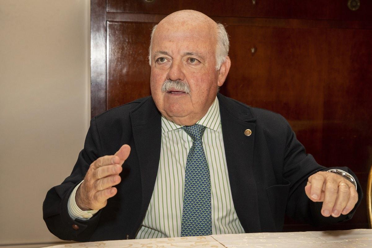 Jesús Aguirre, consejero de Salud de Andalucía (FOTO: Pablo Moreno).