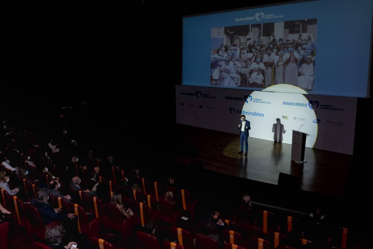Miguel González Corral, director de Diario Médico y Correo Farmacéutico, durante su intervención en el homenaje al sector sanitario celebrado el pasado 3 de noviembre en el Museo Reina Sofía