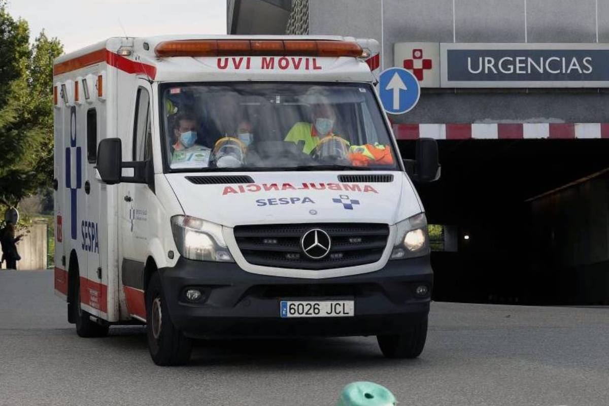 Zona de Urgencias del Hospital de Cabueñes en Gijón. (FOTO: EFE/ J.L.Cereijido)
