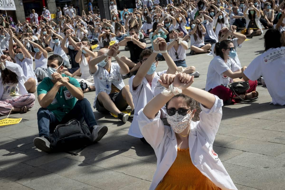 Manifestación de los MIR de Madrid en la Puerta del Sol (José Luis Pindado)