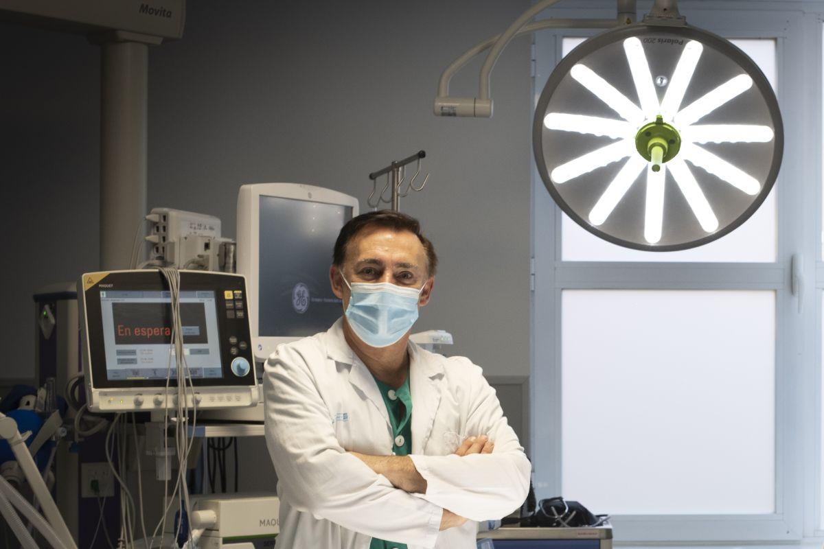 Roberto Villar Esnal, coordinador de la Unidad de Radiología Intervencionista del Hospital 12 de Octubre, de Madrid.