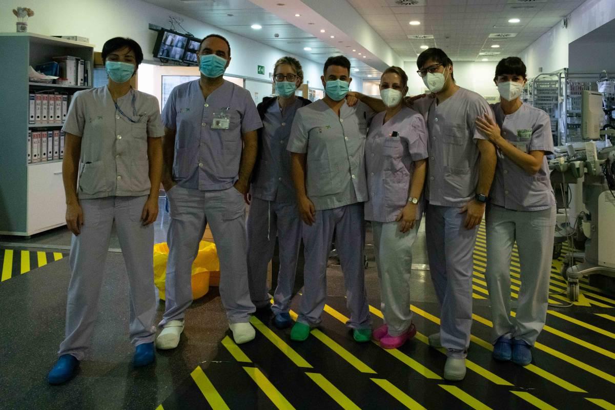 Equipo de Enfermería de la UCI del Hospital de Denia.
