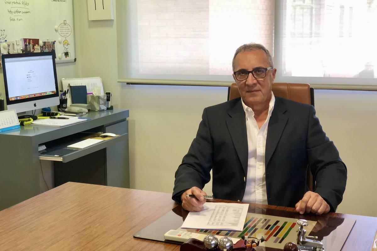 Juan José Tirado, presidente del Consejo de Enfermer�a de la Comunidad Valenciana (Cecova) y del Colegio de Enfermer�a de Valencia.