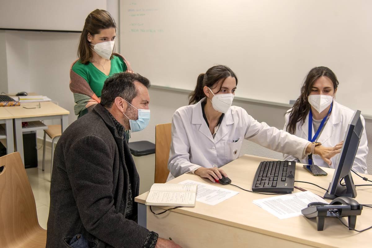 Proyecto COVID-LOT de rastreo de saliva en la comunidad universitaria. / Javier Sierra (UCM).