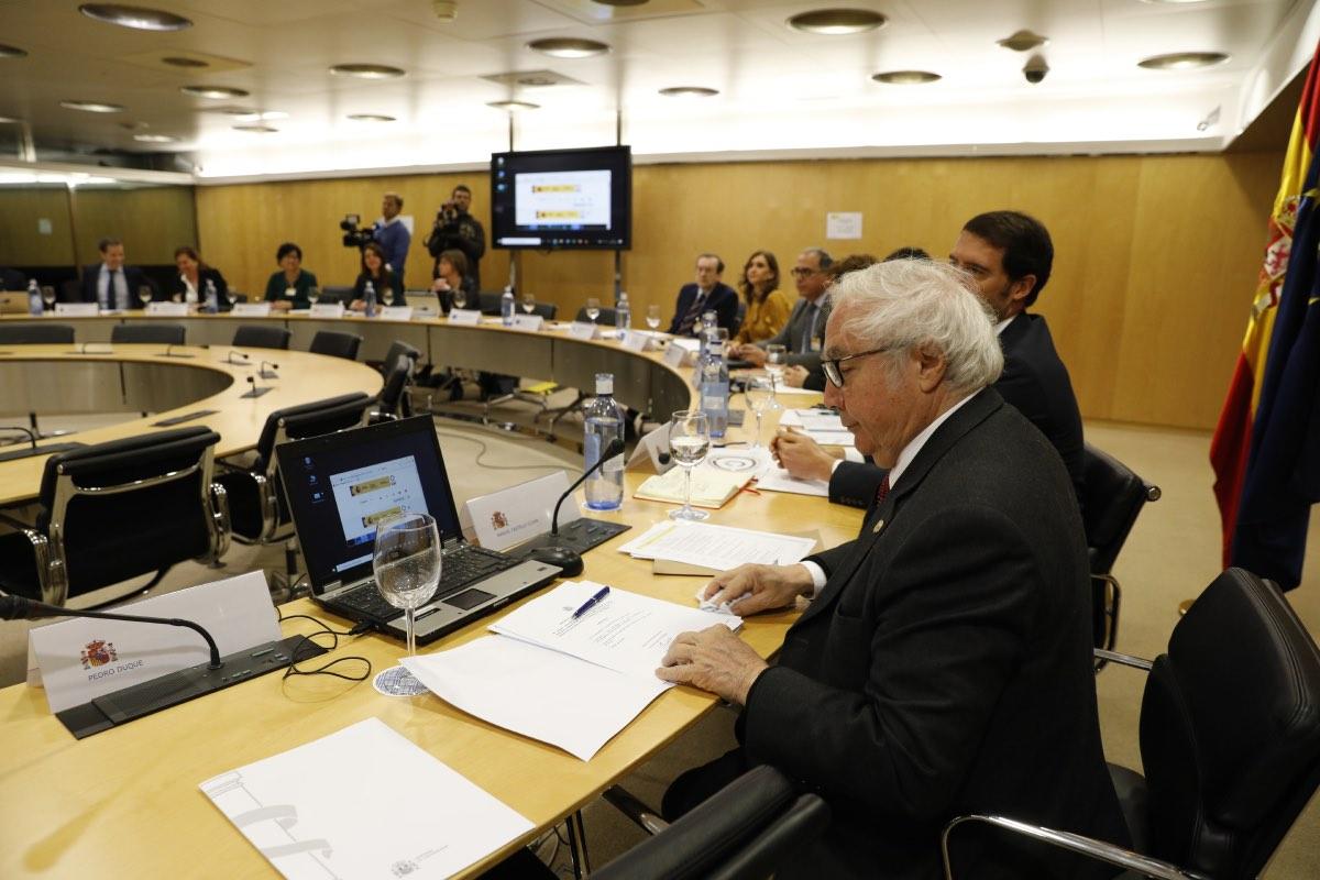 Manuel Castells, ministro de Universidades, durante una Conferencia General de Política Universitaria, en Madrid (FOTO: Sergio González).