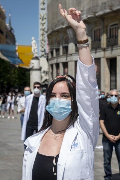 Aspecto de una protesta, el pasado julio, en la Puerta del Sol de Madrid (FOTO: José Luis Pindado).