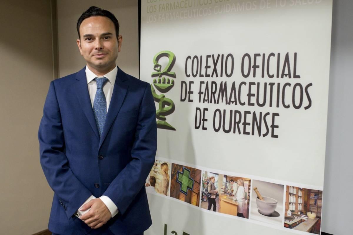 Santiago Leyes Vence, presidente del COF de Orense.