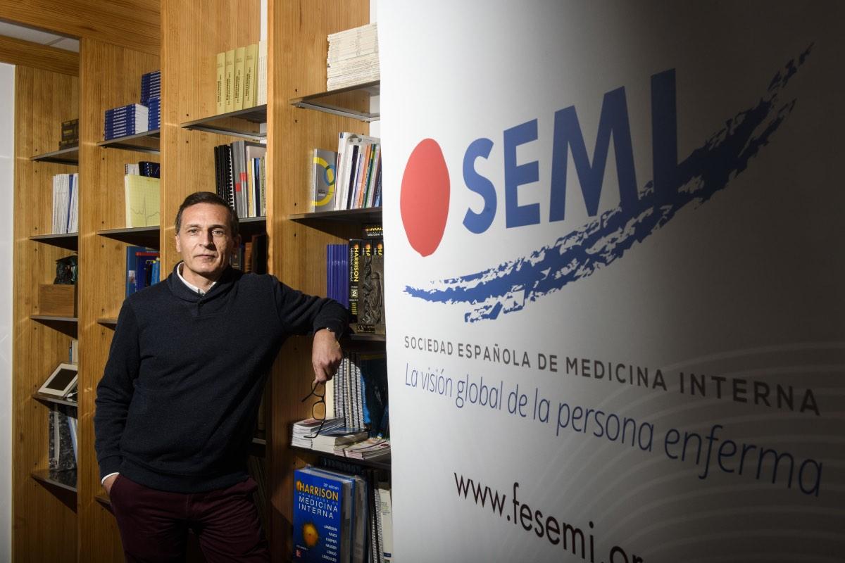 """El nuevo presidente de la SEMI aspira a que la sociedad cient�fica tenga la """"visibilidad y relevancia"""" que merece (FOTO: Luis Camacho)."""