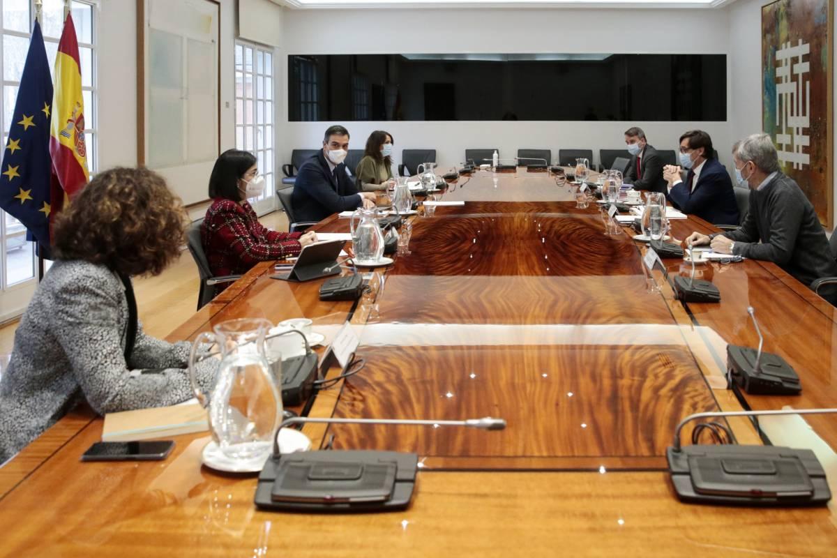 Reunión del comité de seguimiento del coronavirus, presidida por el presidente del Gobierno, Pedro Sánchez.