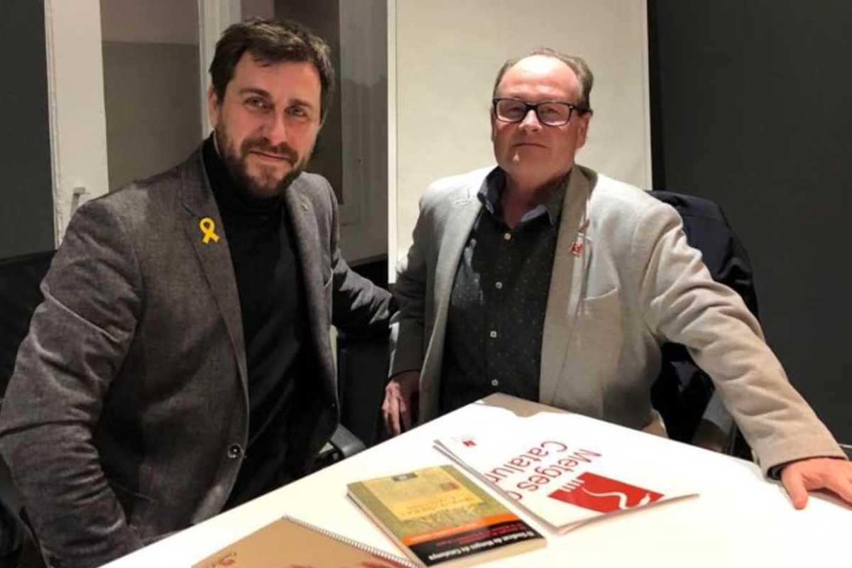 Cruz con el exconsejero Com�n en Bruselas. Foto: MC