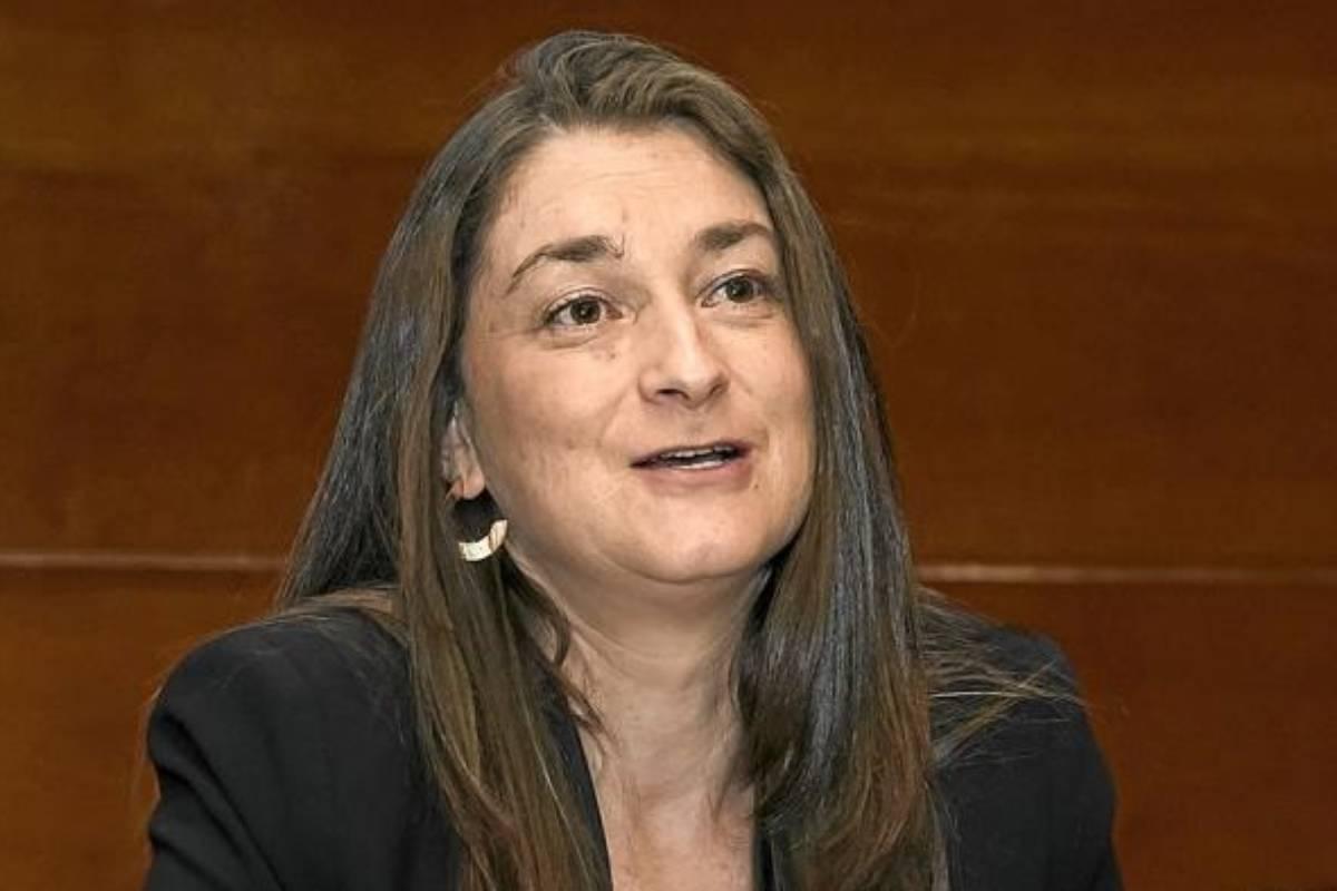 Ana Lozano, ex vicepresidenta de la Sociedad Española de Farmacia Hospitalaria (SEFH) y jefa de servicio de Farmacia del Hospital Central Universitario de Asturias.