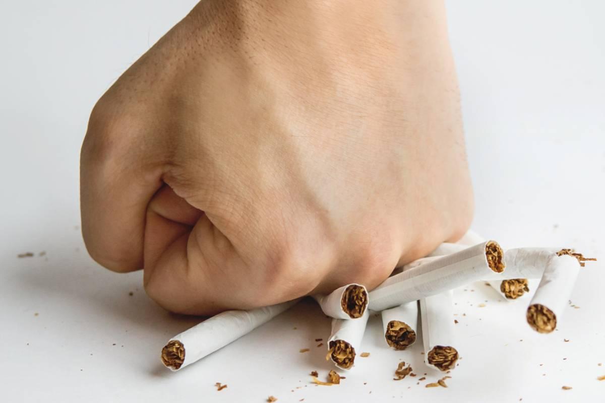 La intervención breve del farmacéutico es útil a la hora de animar a dejar de fumar.