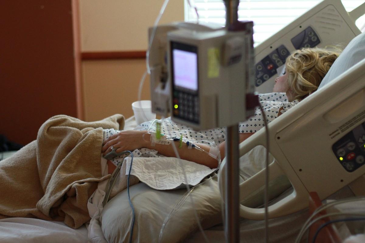 Paciente en un hospital.