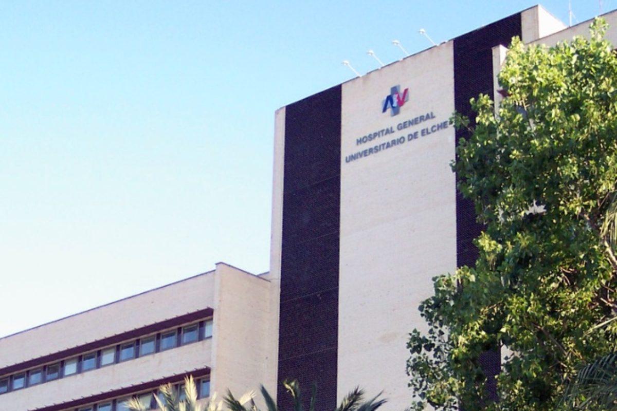 Fachada del Hospital General de Elche.