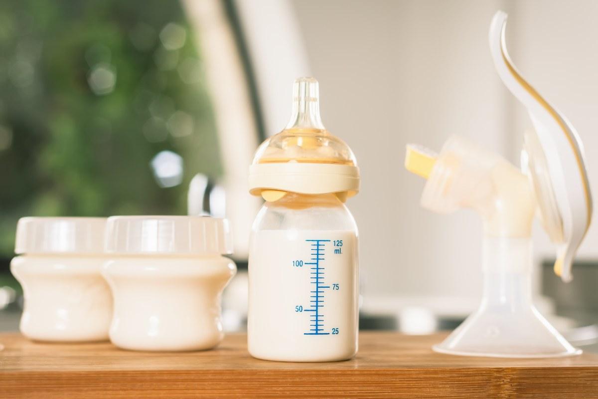 El pronunciamiento contempla la falta de previsión en la organización de los tiempos de trabajo y la no disposición del hospital de unas dependencias adecuadas para la extracción y conservación de la leche materna.