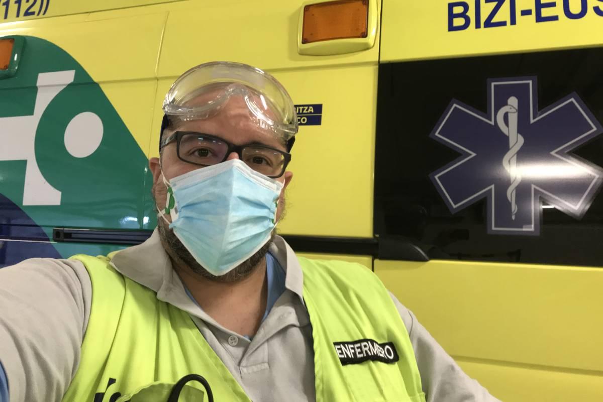 Alex Etayo, enfermero de emergencias en Vizcaya.