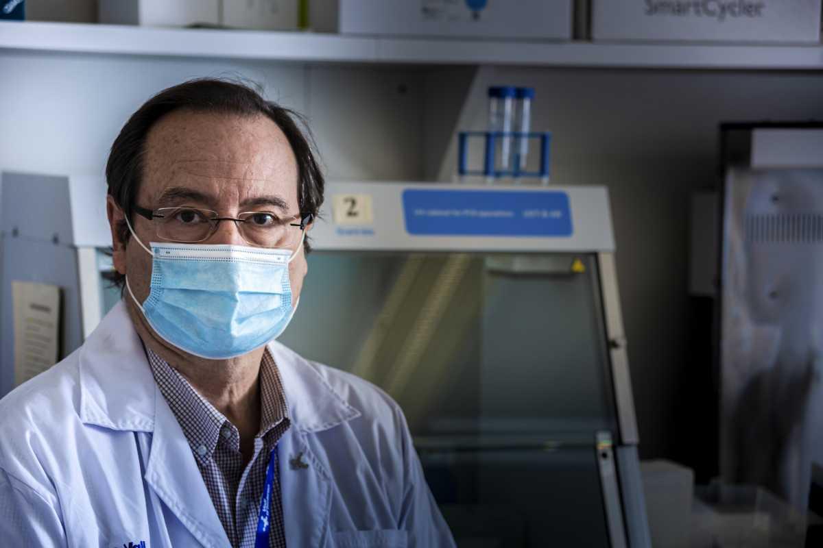Tomàs Pumarola, jefe de Microbiología del Valle de Hebrón. Foto: JAUME COSIALLS