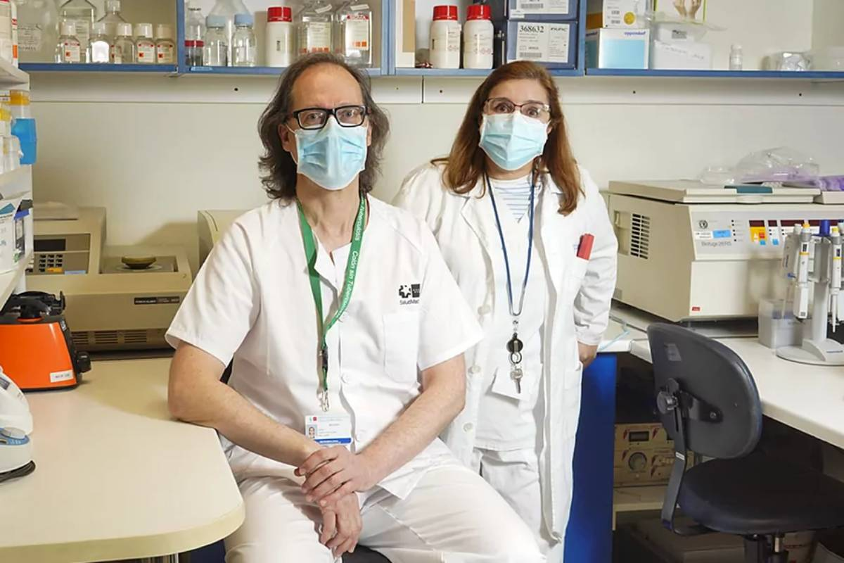 Darío García de Viedma y Patricia Muñoz, del Hospital Gregorio Marañón.