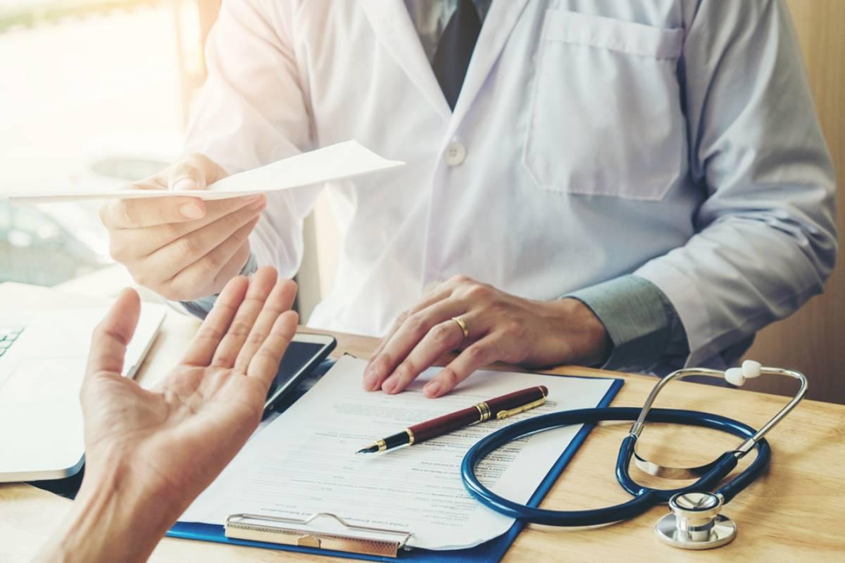 El falso médico deberá indemnizar a las víctimas con cantidades que van desde 95.000 euros a 5.000.