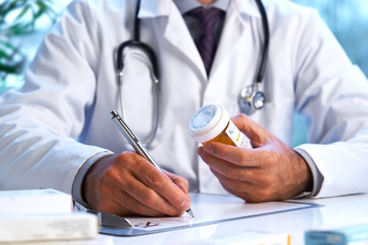 Aunque ya se sabía que la prescripción diferida de antibióticos para infecciones respiratorias funciona en adultos y había también algunos pocos datos en población pediátrica.
