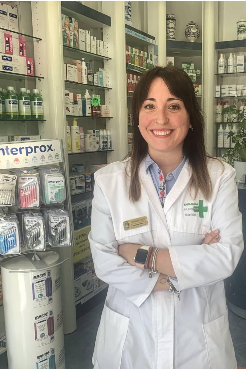 Andrea Vera, farmacéutica comunitaria que se está formando en prevención del suicidio.