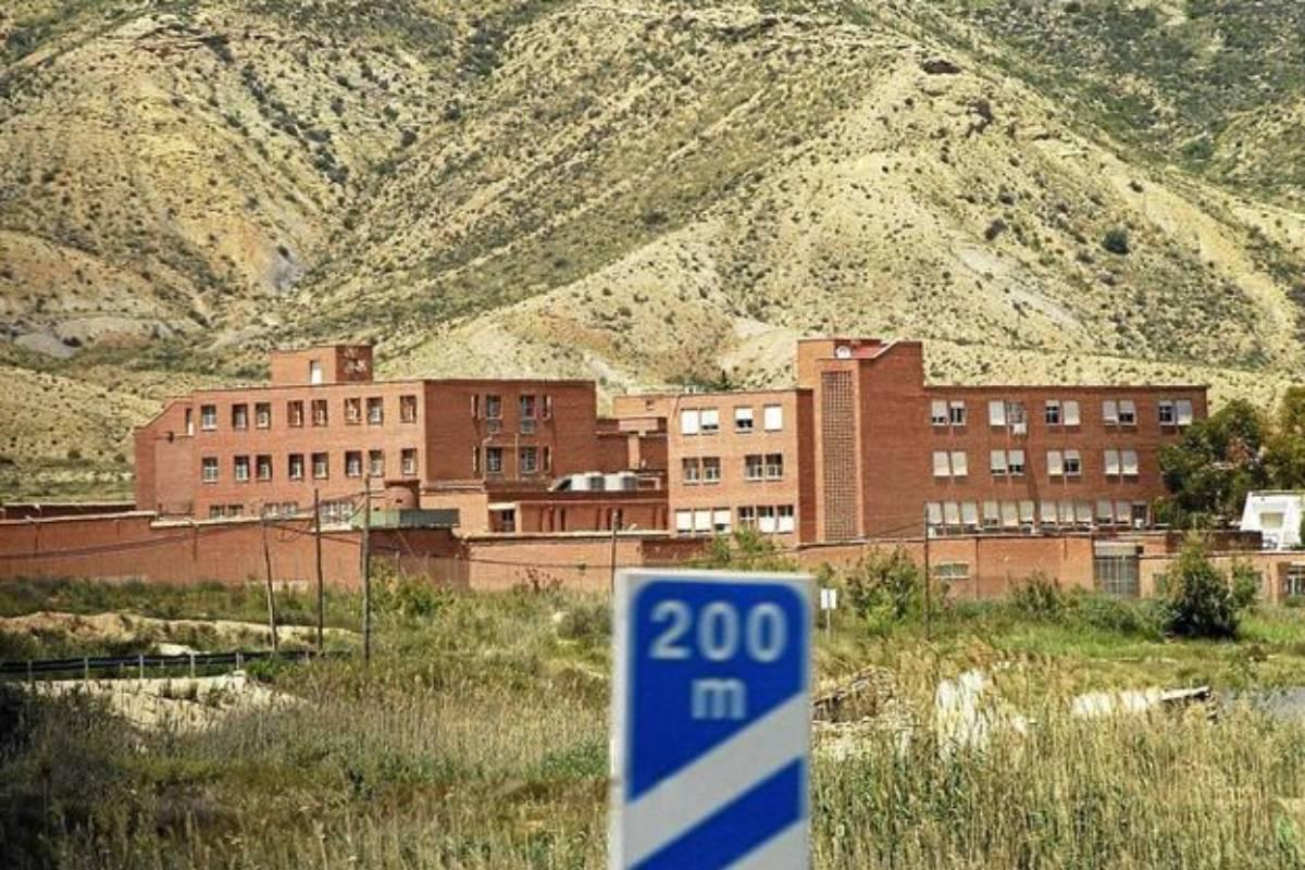 Hospital psiquiátrico penitenciario de Alicante. /El Mundo.