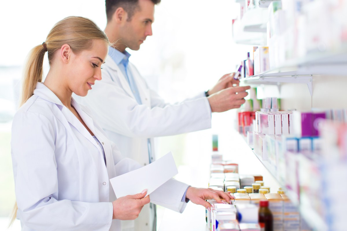 El convenio entre los COF catalanes y el CatSalut busca desarrollar una línea de trabajo de continuidad y coordinación asistencial con las farmacias.