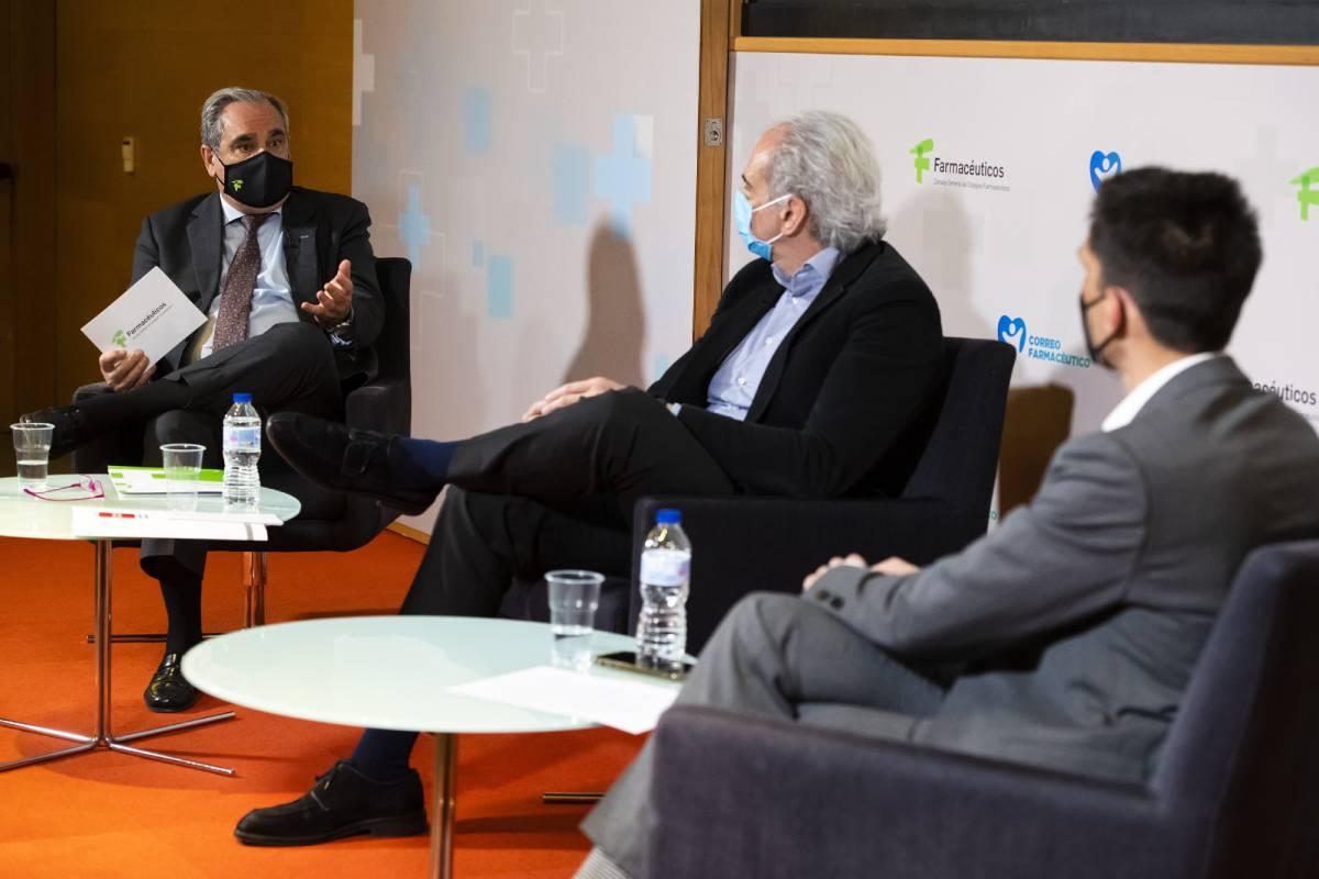Jesú Aguilar, presidente del Consejo General de COF, en un momento del debate en Unidad Editorial./ Mauricio Skrycky